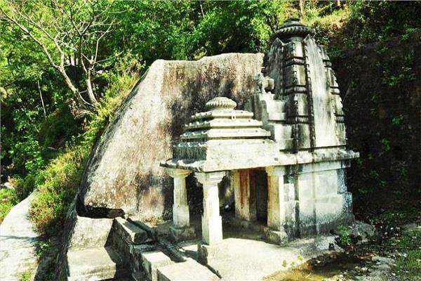 भोलेनाथ का ऐसा मंदिर, जहां पूजा-अर्चना करना है वर्जित