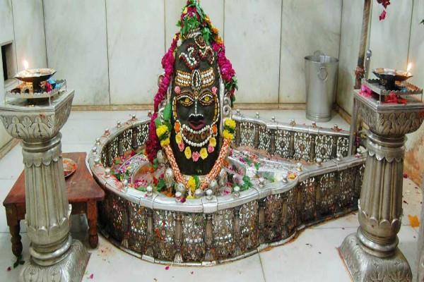 महाकालेश्वर मंदिर: सुरक्षा को ध्यान में रखते हुए प्रशासन ने उठाया ये बड़ा कदम