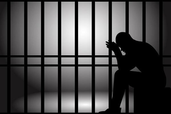 लूट की वारदातों को अंजाम देने वाले 2 गिरफ्तार