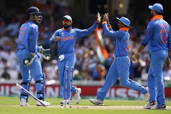 भारतीय टीम की शर्मनाक हार के बावजूद इन दो खिलाडिय़़ों ने जीता सबका दिल