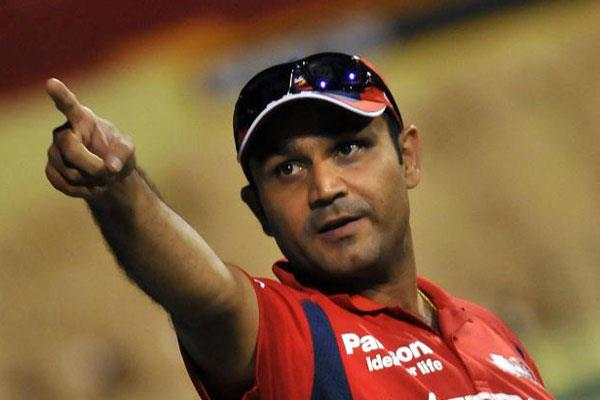 सहवाग ने दिया पाकिस्तानी कप्तान सरफराज का साथ
