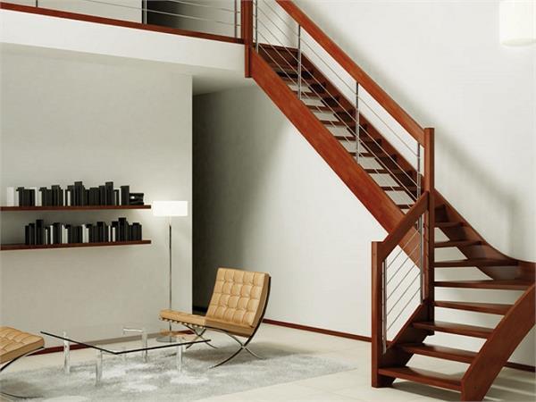 सीढ़ियों की बनावट से आएगी घर में Positive Energy