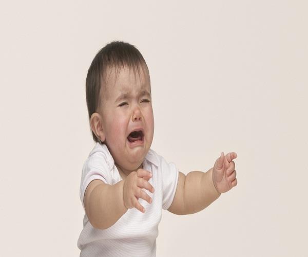 नवजात बच्चे के रोने की होती हैं ये वजहें