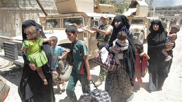 ISIS ने 1 लाख से अधिक ईराकी नागरिकों का बना रखा बंधक