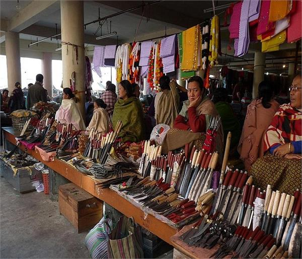 Mother's Market, जहां मर्दों का जाना है बैन