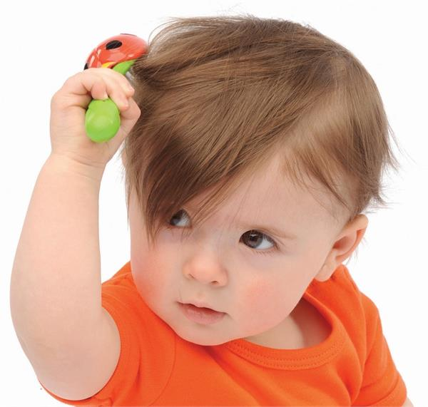 तेजी से बढेंगे बच्चे के बाल, बस करें ये काम