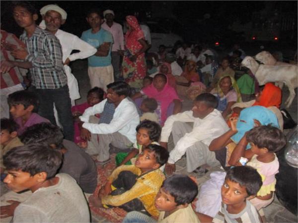 भट्टा मालिक की करतूत, मजदूरी मांगने पर गुर्गो से करवाई श्रमिकों की पीटाई