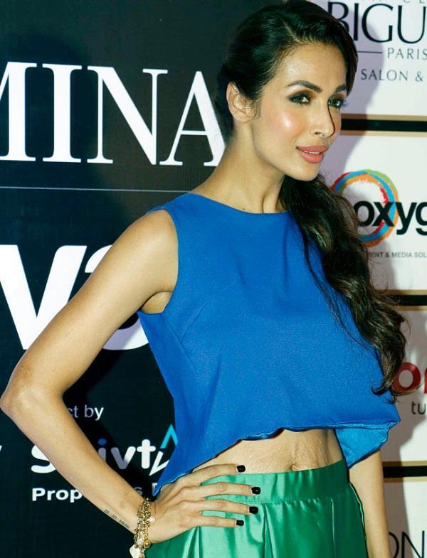 अपने स्ट्रेच मार्क्स दिखाने में नहीं झिझकती ये Bollywood Actress