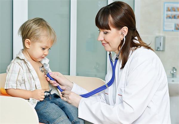 इस तरह पहचानें बच्चे के शरीर में विटामिन डी की कमी