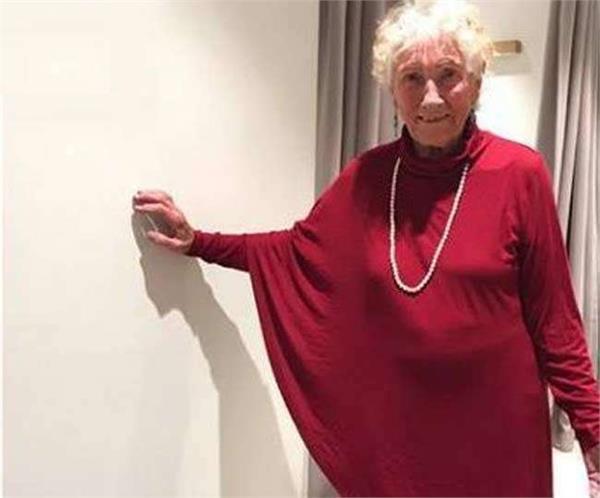 93 साल की दुल्हन ने पूछा- किस ड्रेस में लगूंगी अच्छी, VIRAL हुई पाेस्ट