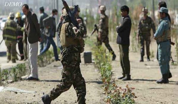 8 अफगान सुरक्षा कर्मियों की गोली मारकर हत्या