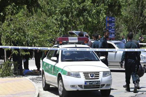 ईरान ने संसद हमले का एेसे लिया बदला