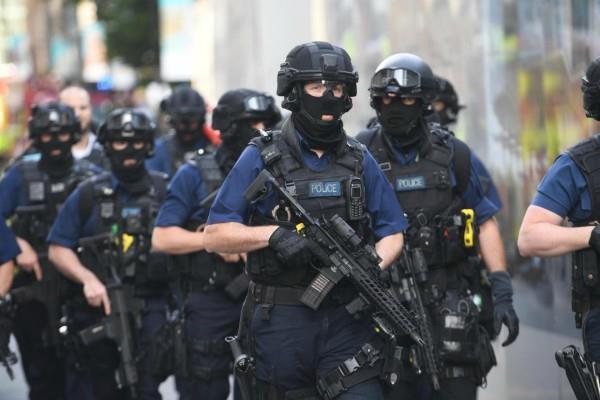 लंदन आतंकी हमले के सिलसिले में युवक गिरफ्तार