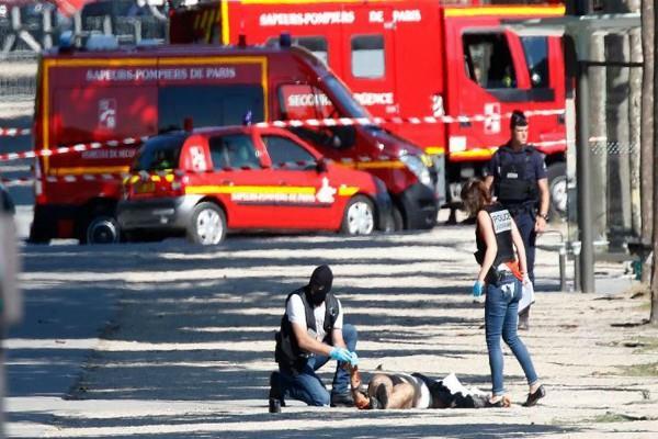 पेरिस हमलावर के पास था बंदूक का लाइसेंस!