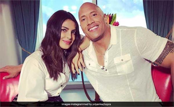 ''द रॉक'' को पछाड़ हॉलीवुड में नंबर 1 बनीं प्रियंका चोपड़ा