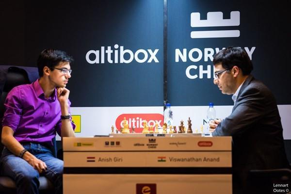 नॉर्वे शतरंज 2017 -  आनंद और कार्लसन की सनसनीखेज हार
