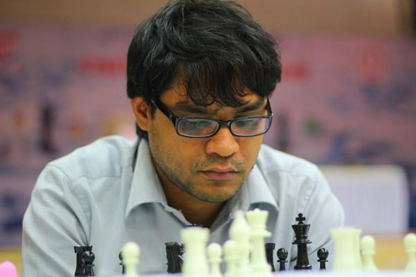 मुंबई इंटरनेशनल शतरंज -  नीलोत्पल के पास खिताब जीतने का मौका