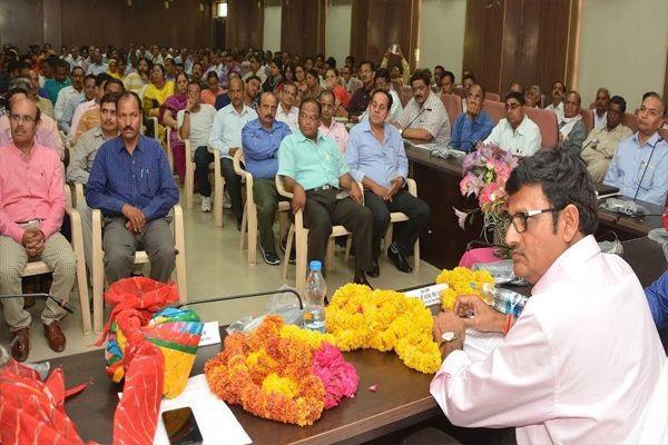 राज्य सरकार कर्मचारियों के हितों के प्रति पूरी तरह संवेदनशील: राजेन्द्र राठौड