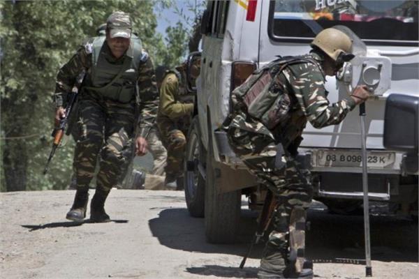 सेना की पेट्रोलिंग पार्टी पर आतंकी हमला, नागरिक घायल