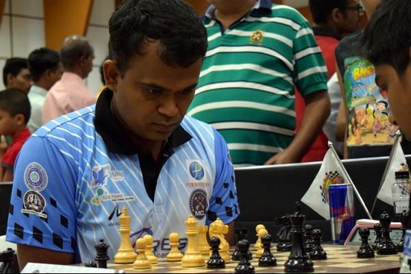 शशिकांत बने दिव्यांग विश्व शतरंज विजेता