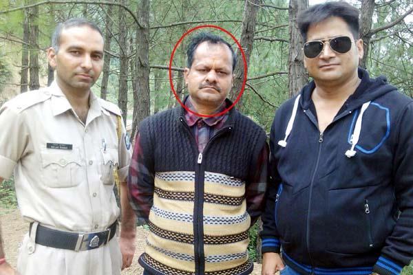 दुकान में तोडफ़ोड़ करने वाला तथाकथित पत्रकार गिरफ्तार