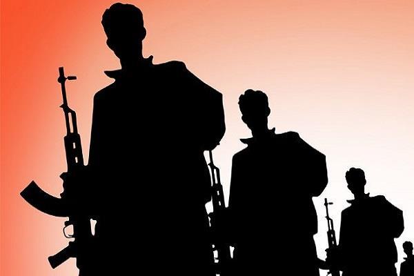 कश्मीर घाटी में सेना ने चलाया'ऑपरेशन ऑल आऊट' सैंकड़ों आतंकी ठिकाने बदलने को विवश
