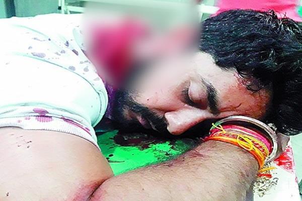 मामला भाजपा नेता पर जानलेवा हमला करने का: आरोपी मनु कपूर ने किया सरैंडर