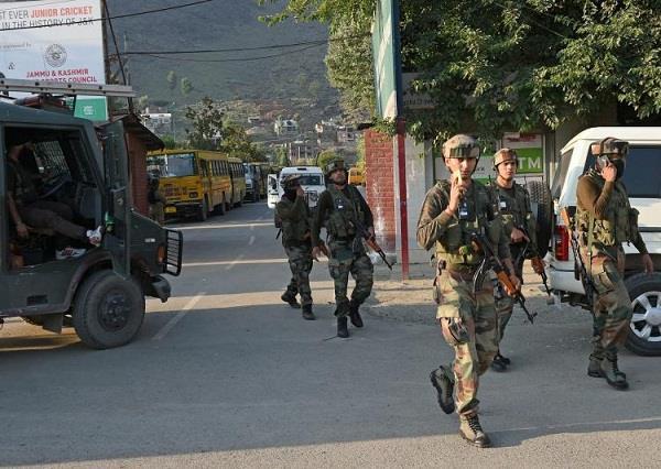 भारतीय सेना ने लिया अमरनाथ यात्रियों पर हुए आंतकी हमले का बदला