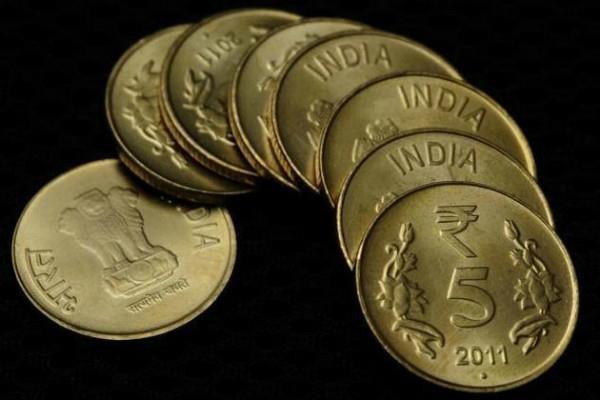 रुपए में 2 पैसे की कमजोरी, 64.40 पर खुला