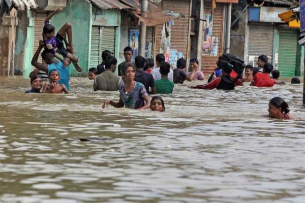 राजस्थान में भी बाढ़ से हालात गंभीर, रेस्क्यू में जुटी सेना-वायुसेना