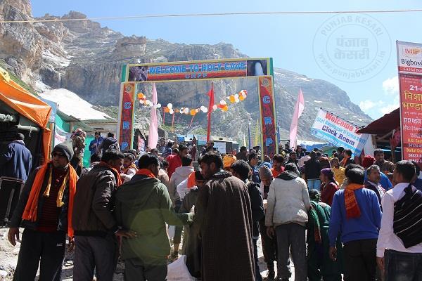अमरनाथ यात्रा: हिम शिवलिंग के दर्शन करने वाले श्रद्धालुओं की संख्या 2,52,599 से पार