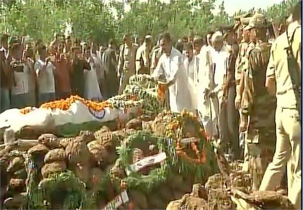 यूपी: शहीद जयद्रथ सिंह को नम आंखो से दी गई अंतिम विदाई