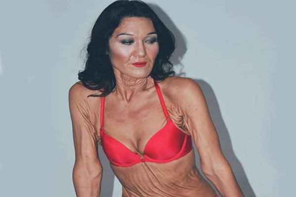 70 साल की लगने वाली इस महिला की असली सच्चाई चौंका देगी आपको