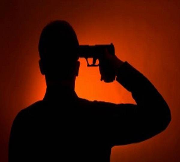 बीमारी से पीड़ित था किसान, खुद को गोली मार की आत्महत्या