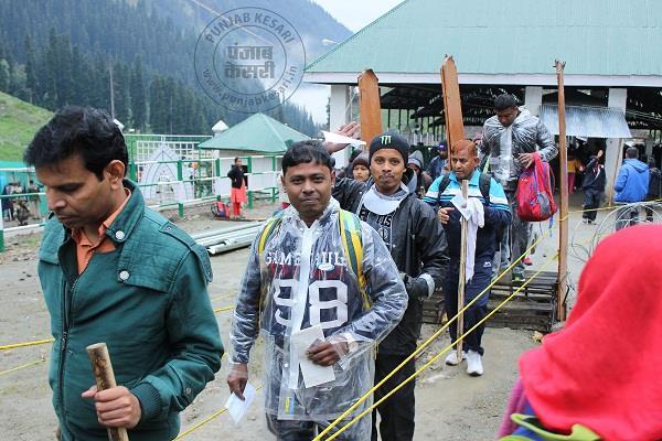 देशभर से अमरनाथ यात्रियों का जम्मू पहुंचना लगातार जारी