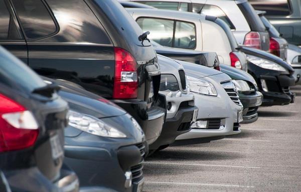 कार पार्किंग को लेकर चली गोली, 2 गिरफ्तार
