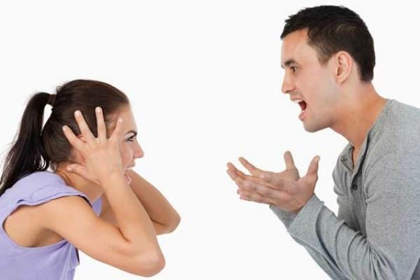 ये है संबंध नष्ट करने का शर्तिया तरीका, पति-पत्नी रखें ध्यान कहीं कर तो नहीं रहे ये भूल