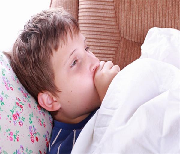 बच्चों में निमोनिया के लक्षण दिखने पर करें ये घरेलू उपचार