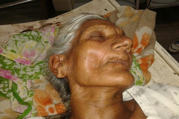 बहू ने मारपीट कर सास को किया घायल