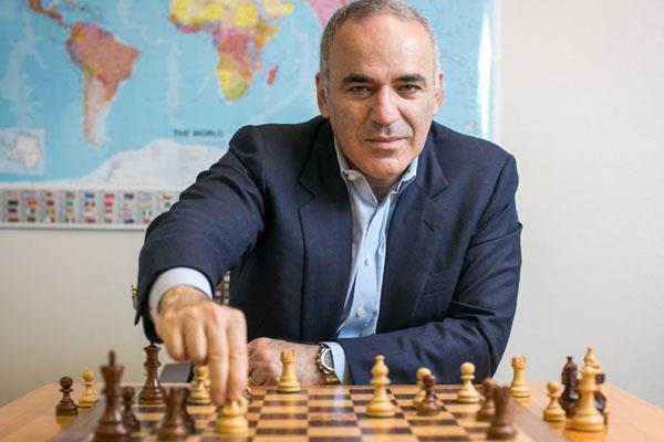 शतरंज चैम्पियन कास्परोव संन्यास से वापसी में यूएस टूर्नामैट में लेंगे भाग