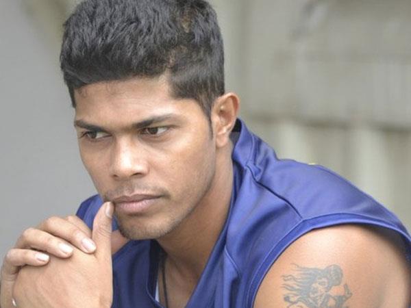 क्रिकेटर उमेश यादव के घर चोरी, 45000 रुपए और मोबाइल ले उड़ा चोर