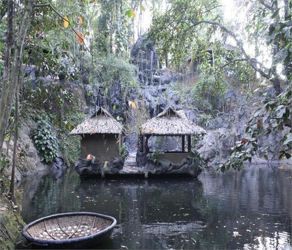भारत के इन खूूबसूरत ट्री हाउस में लें रहने का मजा