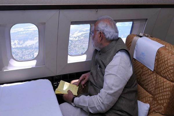 गुजरात में बाढ़ की स्थिति और बिगड़ी, PM मोदी करेंगे हवाई सर्वे