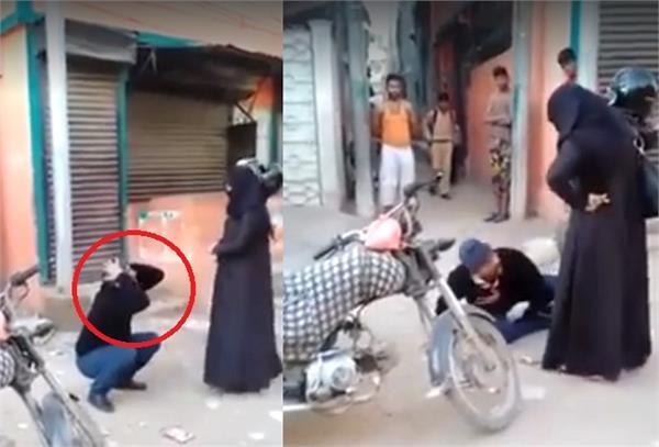 Viral: लड़की काे छेड़ने पर सरेअाम पीटा ये शख्स, देखें वीडियाे
