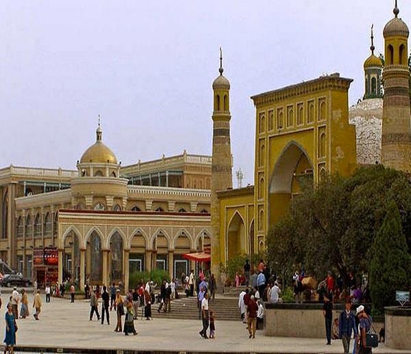 चीन में मुस्लिमों के खिलाफ नया फरमान