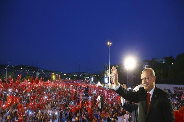 तुर्की तख्तापलट :115 और लोगों को हिरासत में लेने का आदेश
