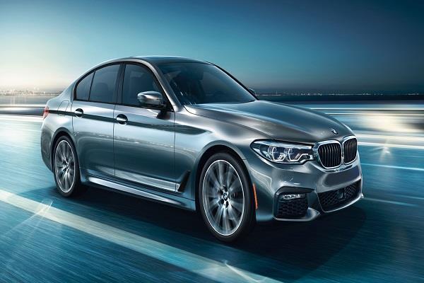 BMW ऑल न्यू 5 सीरीज हुई लांच, ये है कीमत