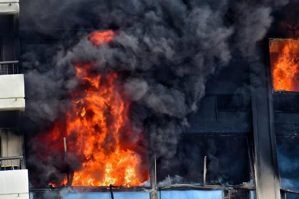 होनोलूलू में बहुमंजिला इमारत में आग लगने से 3 की मौत(Pics)