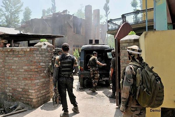 जम्मू- कश्मीर: लश्कर कमांडर जिब्रान समेत 3 आतंकी ढेर