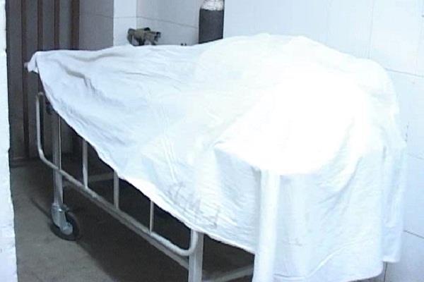 इलाज के दौरान सुरेंद्र ने तोड़ा दम, हाईकोर्ट की पार्किंग में निगला था जहरीला पदार्थ